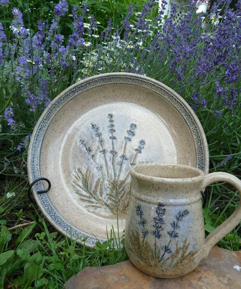 Homespun Touch stoneware pottery by Jan Keck of Painesville, Lake County Ohio